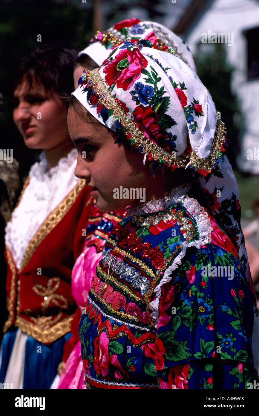 Fantastic Greek Costumes For Women Greek Traditional Costume Pontos Cappadocia