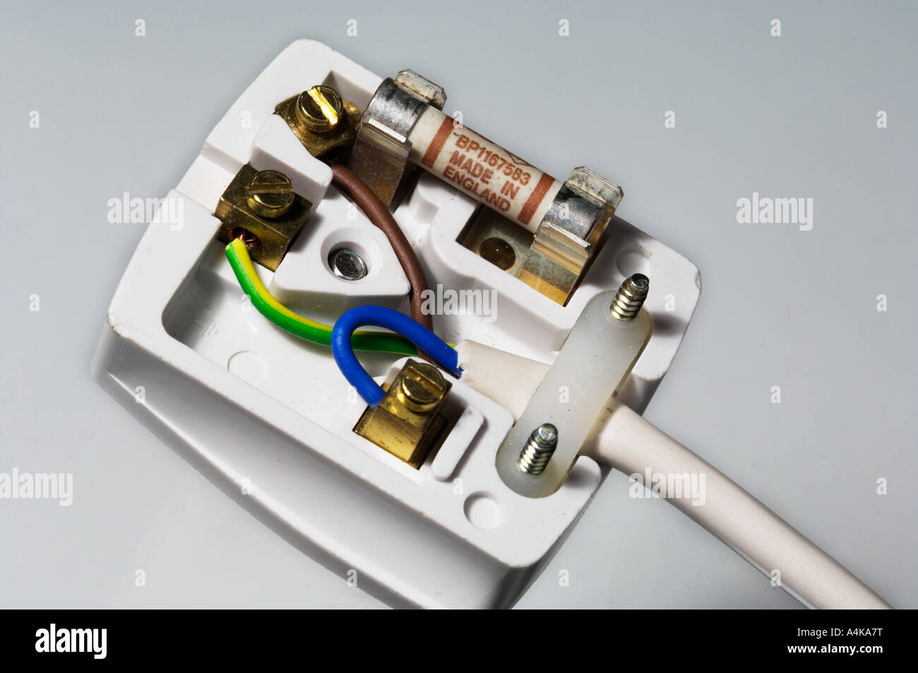 three pin plug diagram three image wiring diagram wiring diagram 3 pin plug wiring image wiring diagram on three pin plug diagram