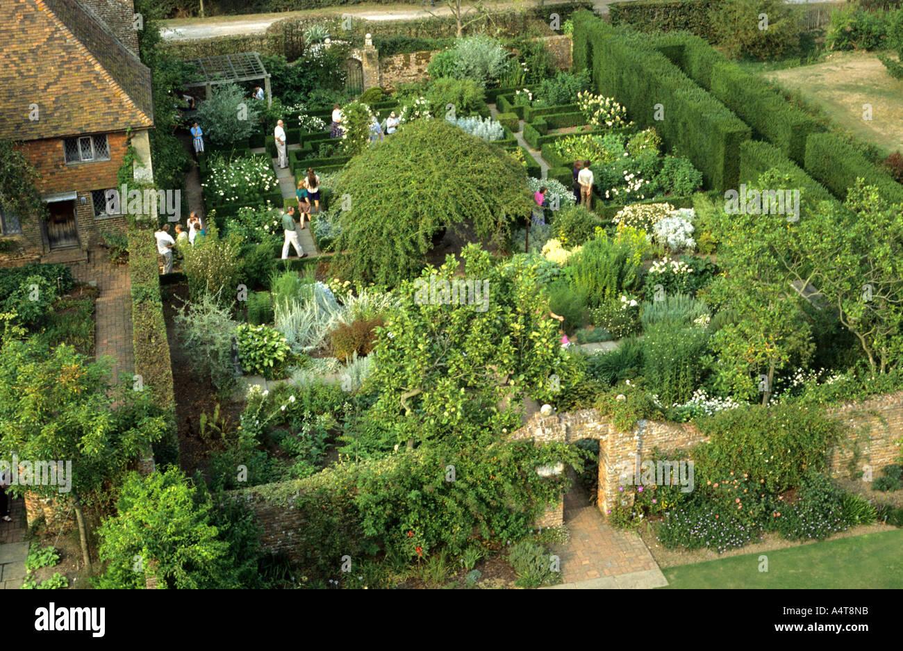 Sissinghurst Garden Kent Visitors England Uk Famous