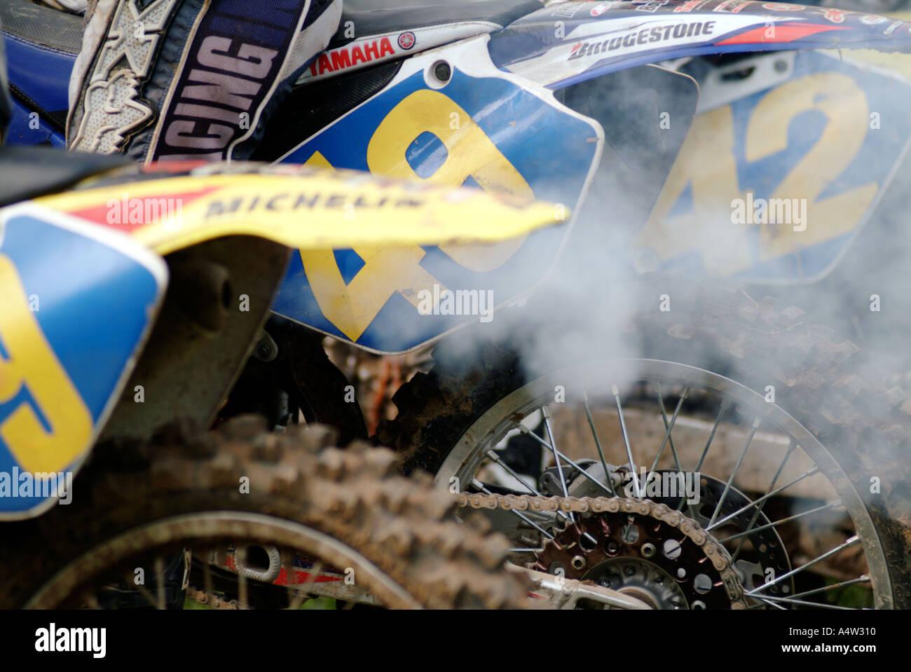 2 Two Stroke Oil Smoke Pollution Motor Cross X Moto Dirt Bike