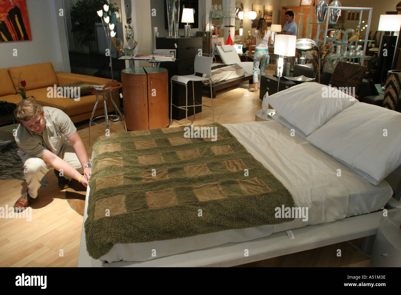 Miami Florida South Dixie Highway Furniture Store Italian Made Platform Bed  Salesman Demonstration