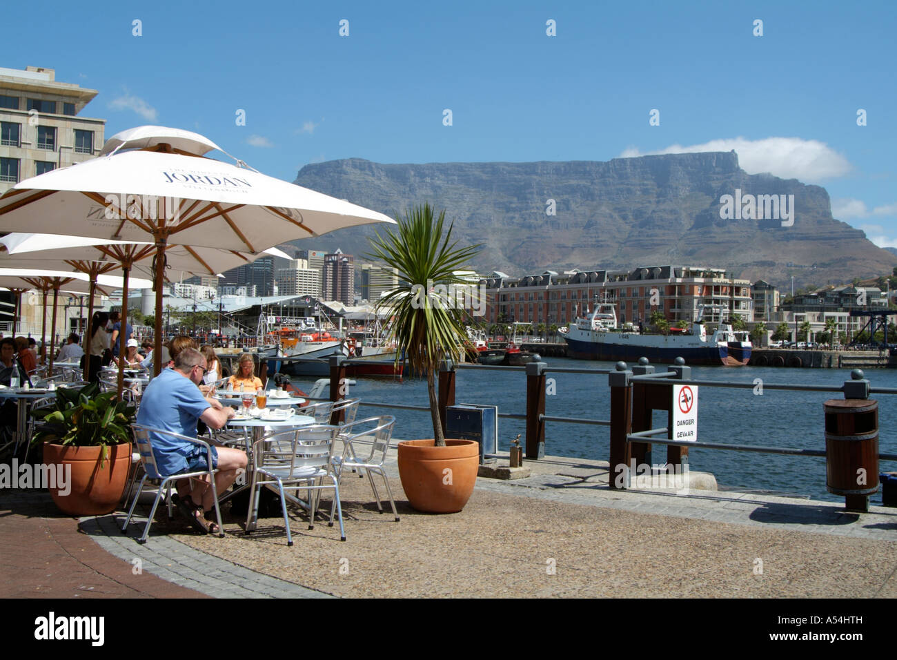 restaurant bar cafe waterfront cape town south africa