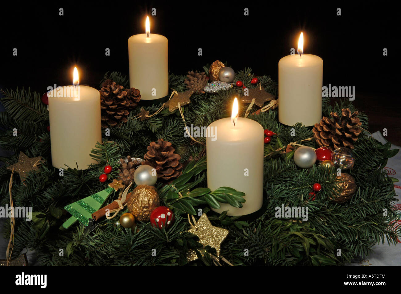 advent adventszeit adventskranz advent vier kerzen advent candle stock photo royalty free image. Black Bedroom Furniture Sets. Home Design Ideas