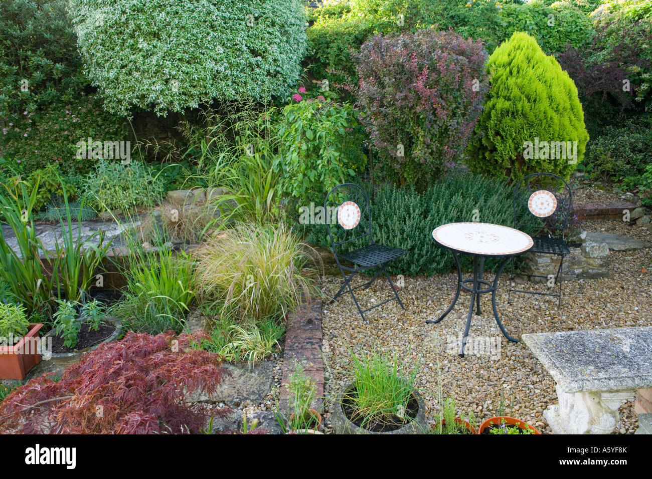 prospect house devon uk peter wadeley small gravel patio area with outdoor furniture pots and containers