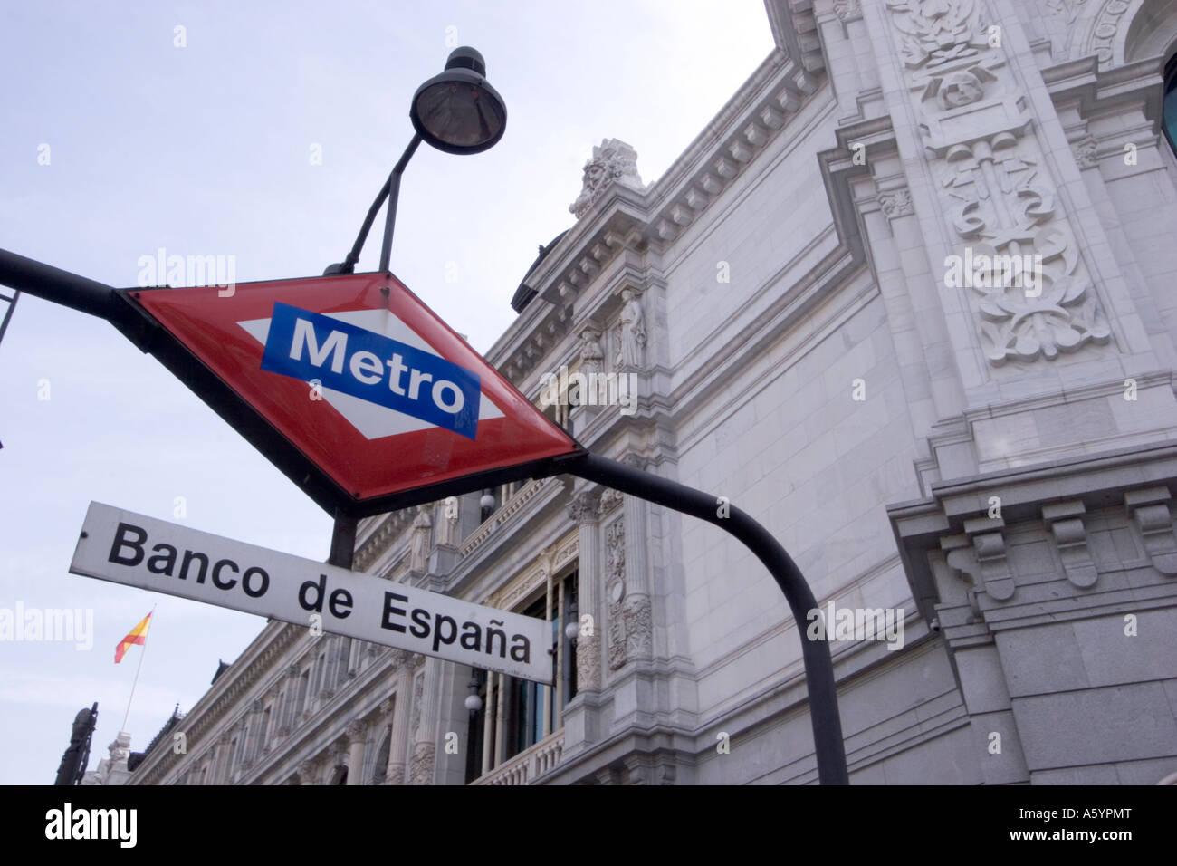 Banco de espana Metro Madrid underground tube service sign on ...