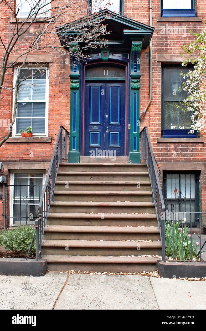 door front door steps steps to door outside door apartment door ...