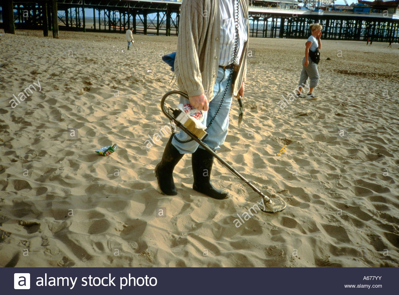 Jew Detector: Man With Metal Detector On Blackpool Beach, UK Stock Photo