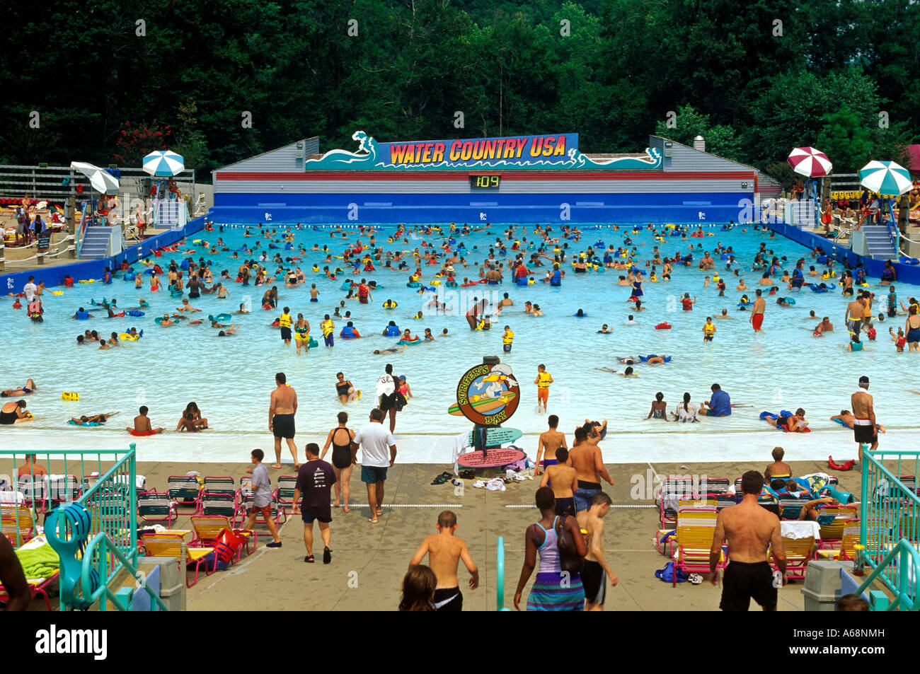 Water Country Wave Pool At Busch Gardens Williamsburg Virginia