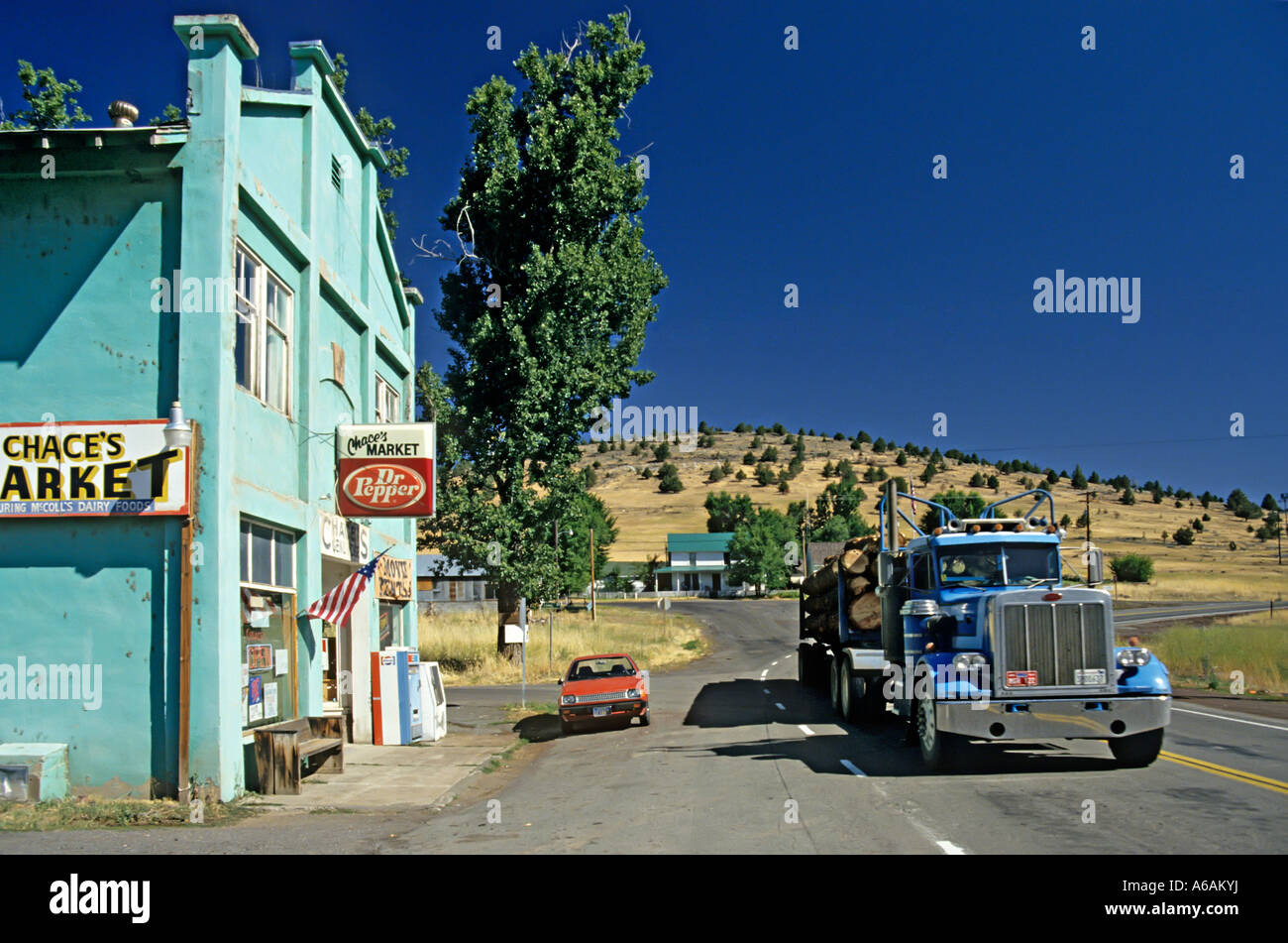 General store in rural area near lassen with truck driving for Best rural places to live in california