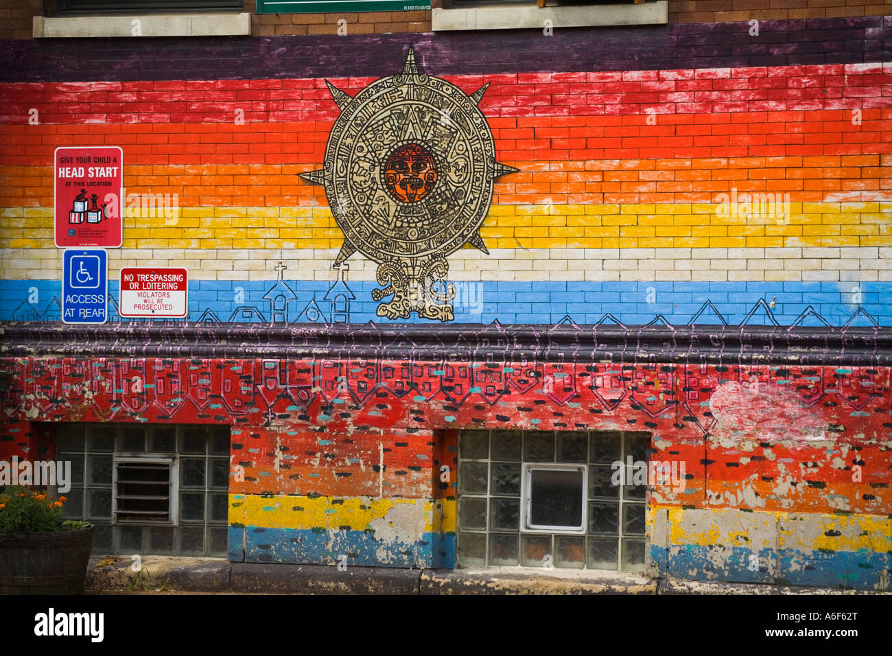 Illinois chicago outdoor mural on building for head start for Mural in chicago illinois