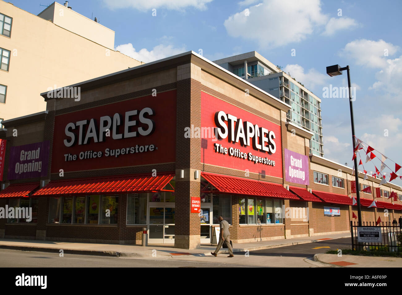 ILLINOIS Chicago Exterior Of Staples Office Supplies Store Man Walk Down  Sidewalk Grand Opening Sign