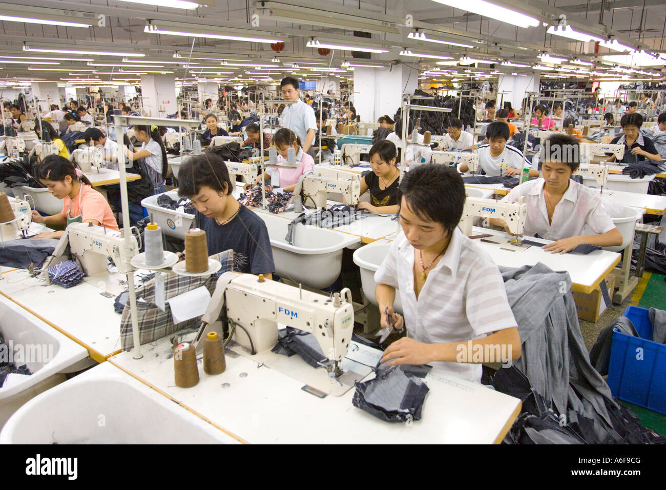 Our factory is located in Guangzhou city, which only 40miutes by car to Canton Fair hall, 50minutes to airport, very convenient for customers to visit us. Contact Info No Shapu Avenue,Xintang Town(worldwide denim town), Guangzhou, China.