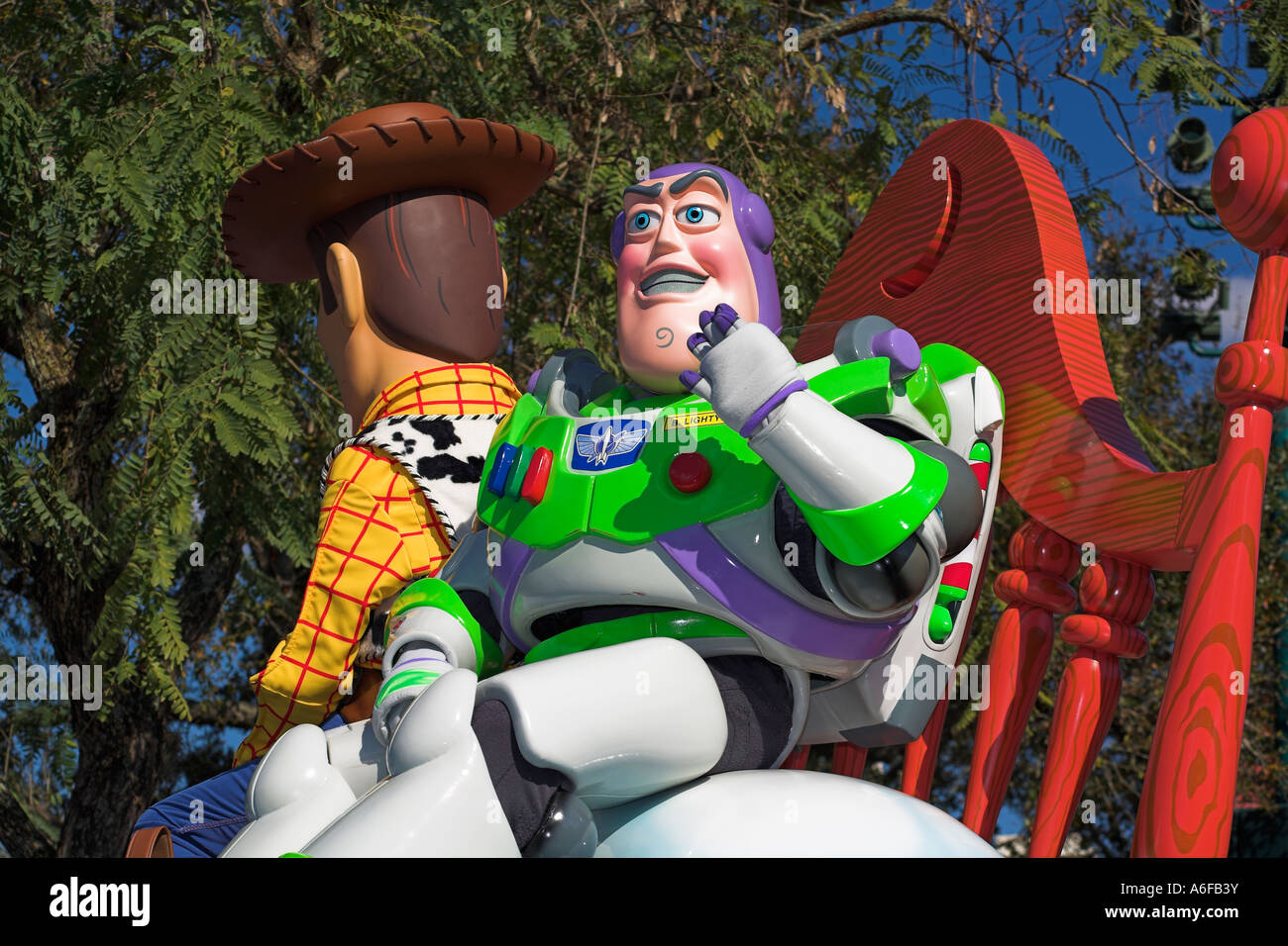 disney stars and motor cars parade buzz lightyear and