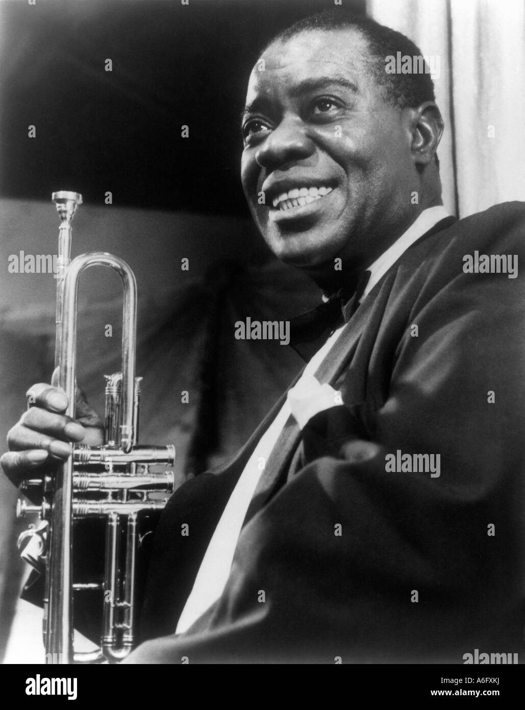 a biography of louis armstrong a jazz musician Louis armstrong grew up poor in a single-parent household  my favorite musician  (tv special) (performer: now you has jazz, the birth of the blues,.