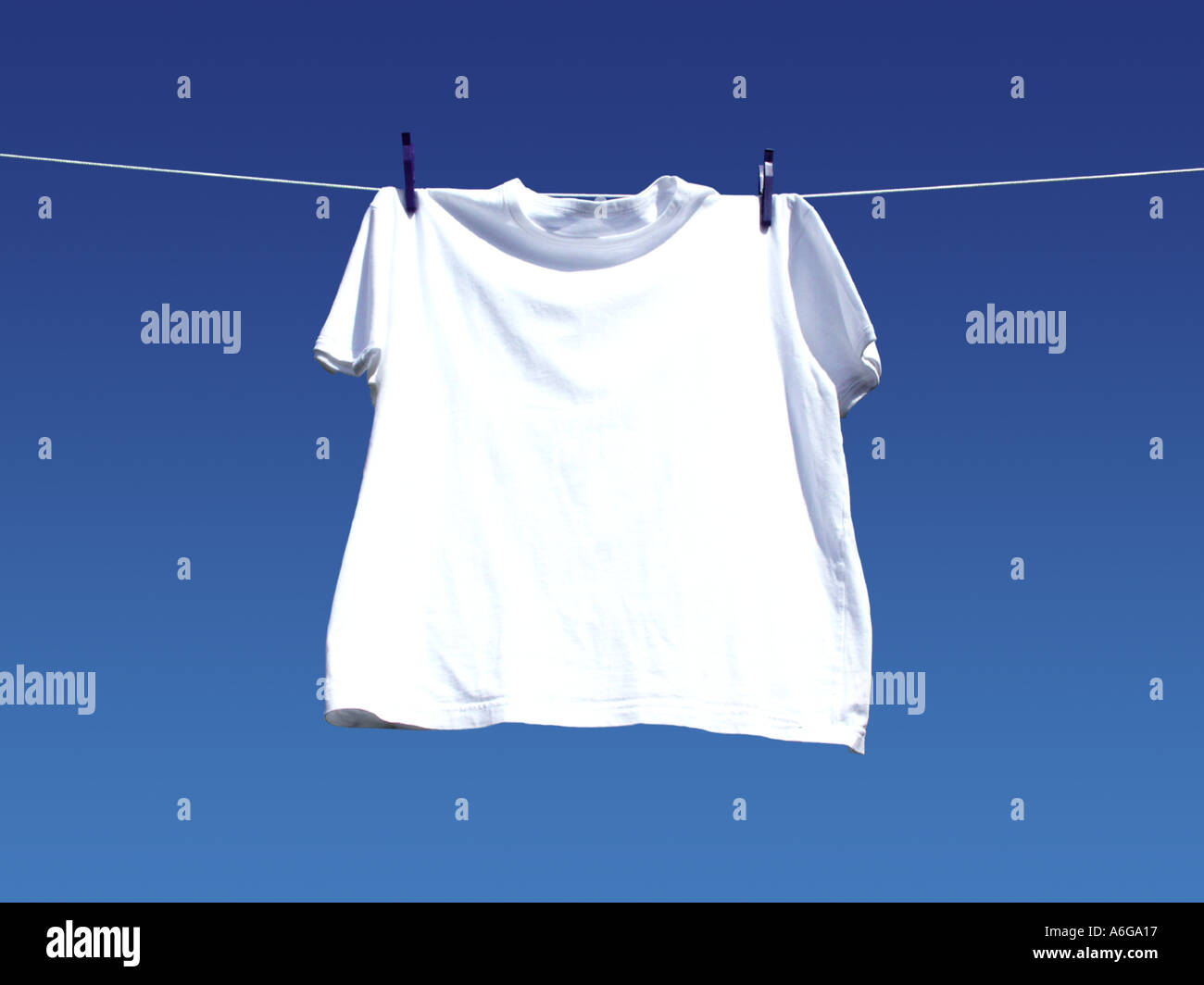 t shirt line washing laundry one 1 single peg white hang