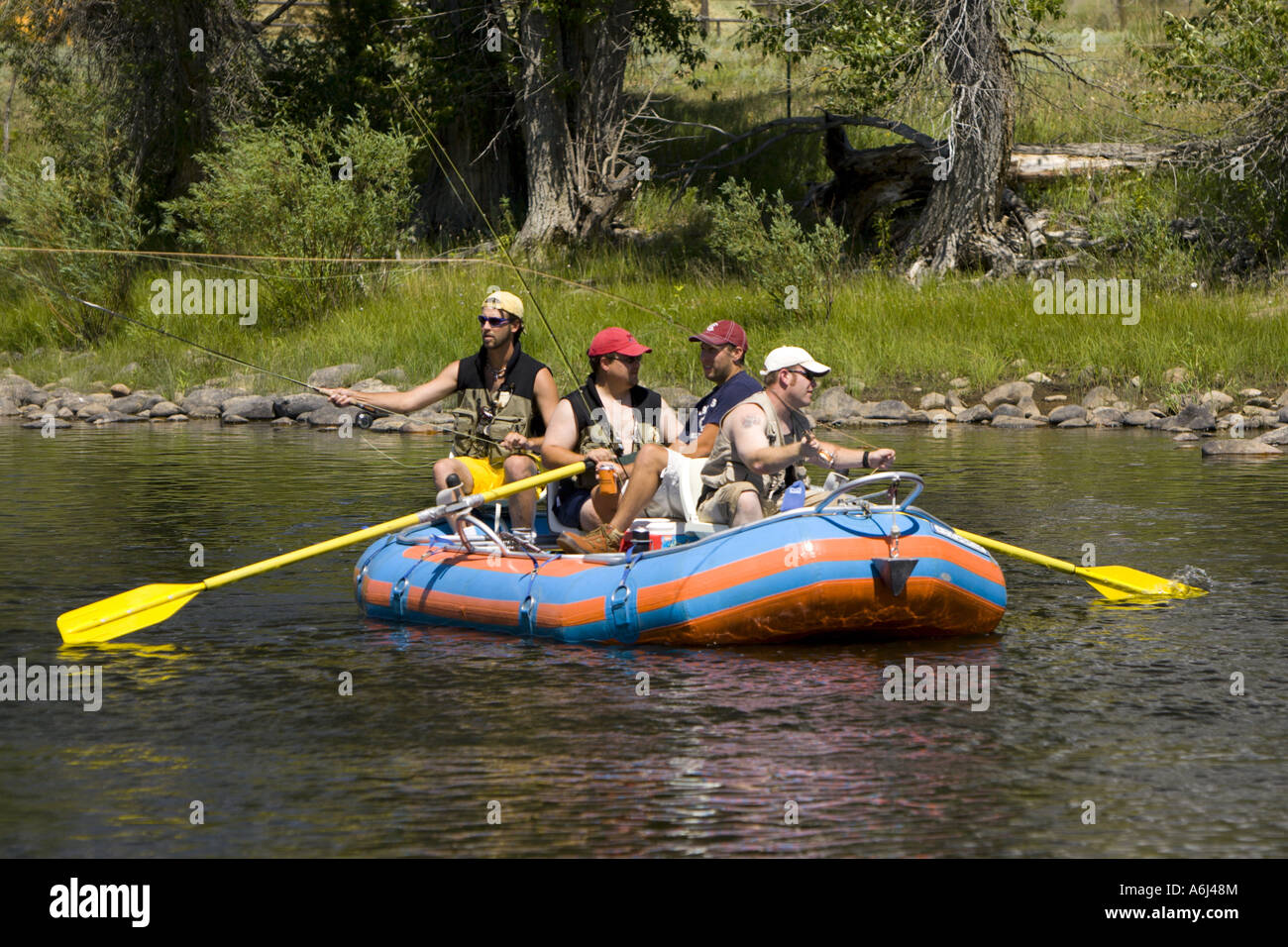 Fly fish usa for Fly fishing raft