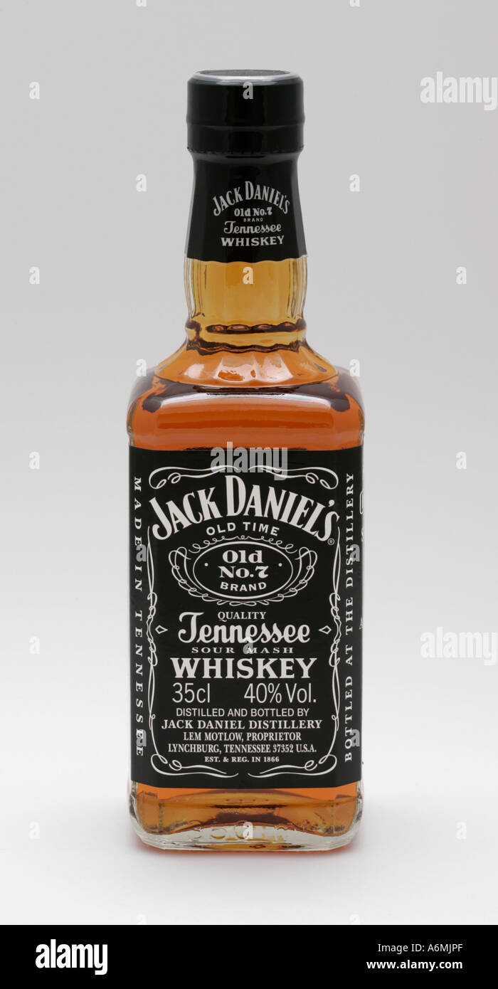 jack daniel s stock photos jack daniel s stock images  jack daniel s old time no 7 seven brand tennessee whiskey spirit alcohol booze proof pure drink