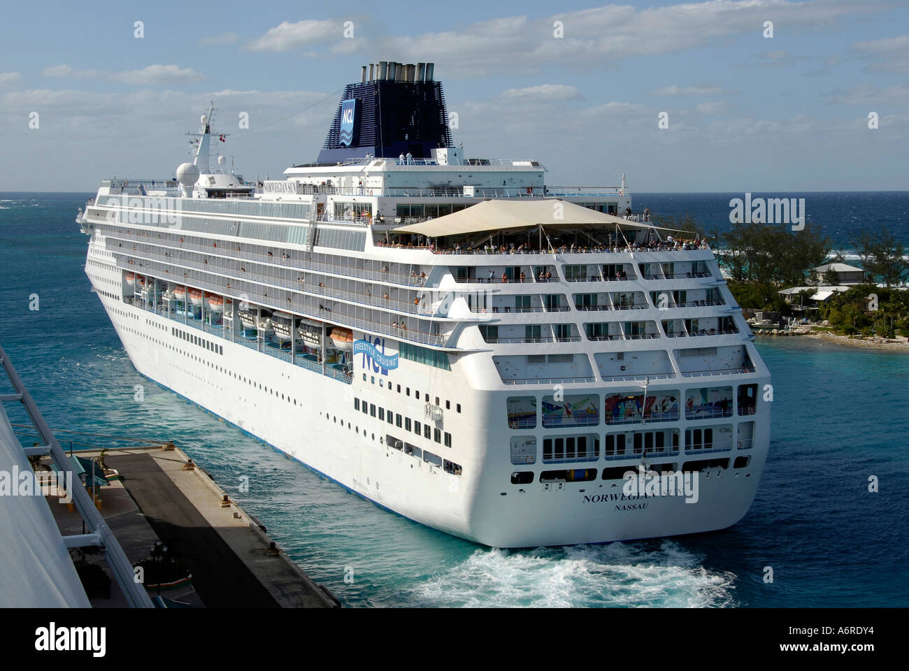 Cruise ships from florida - Port canaveral cruise lines ...
