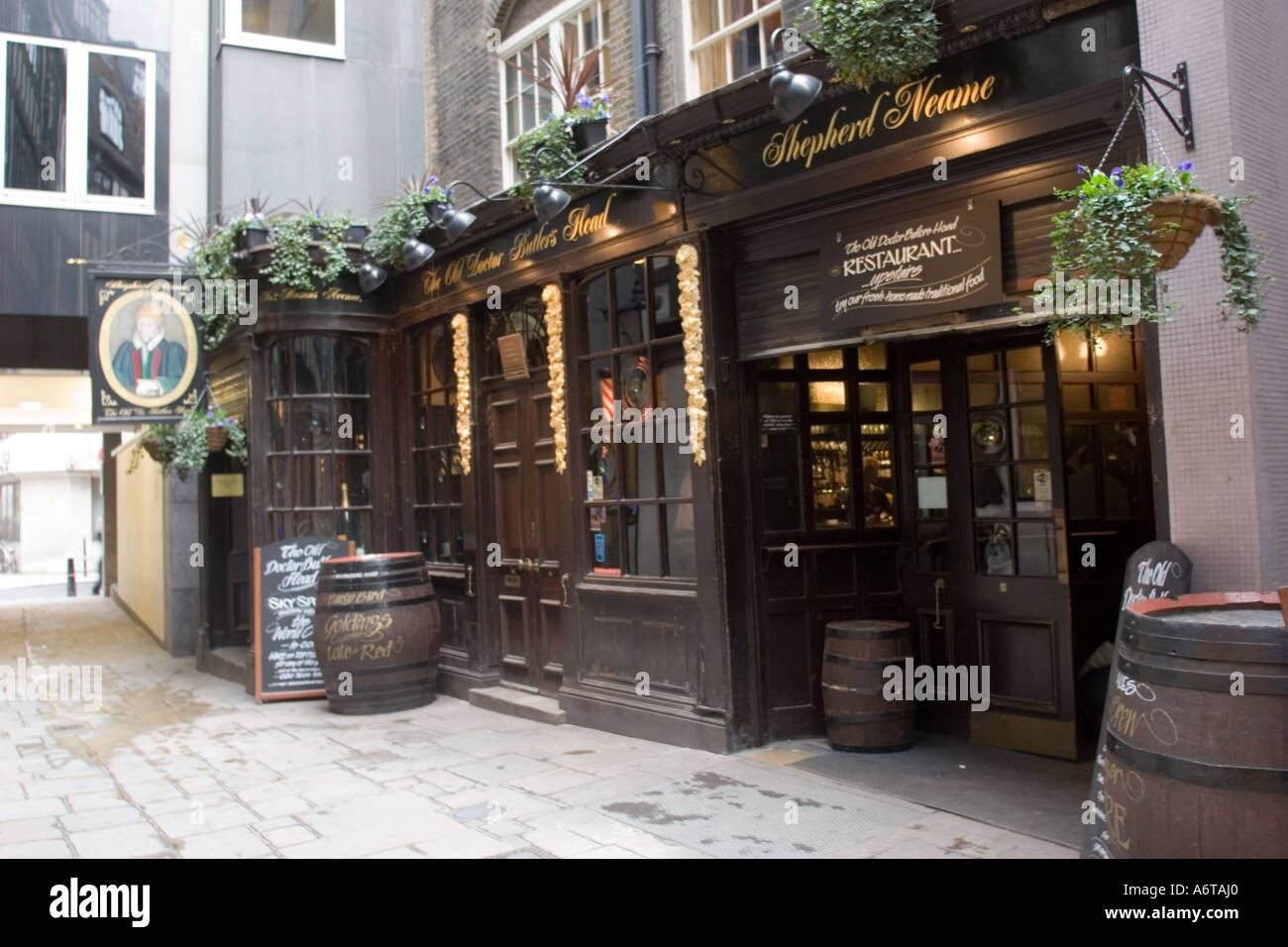 old london pub the old doctor butler 39 s head in masons avenue city stock photo royalty free. Black Bedroom Furniture Sets. Home Design Ideas