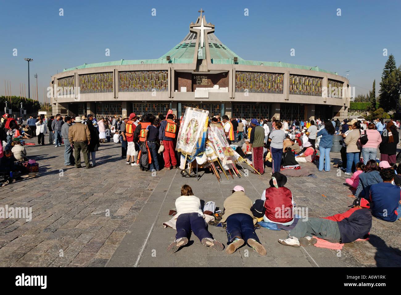 Pilgrims in front of the new pilgrimage church of La Basilica de ...