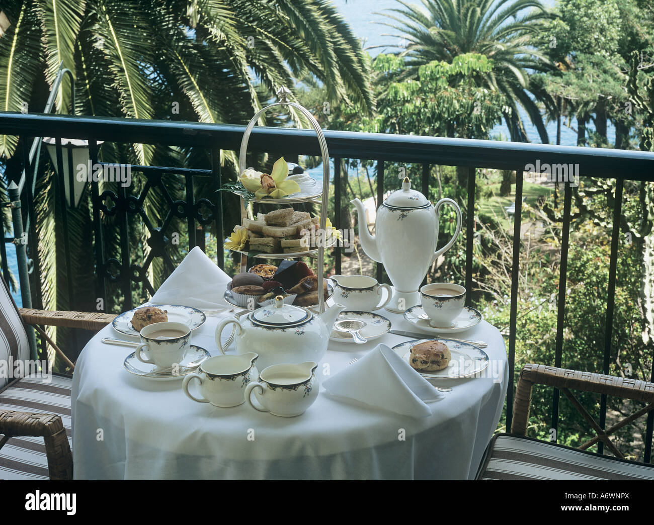 reid 39 s palace hotel madeira afternoon tea luxury hotel tradition stock photo royalty free. Black Bedroom Furniture Sets. Home Design Ideas