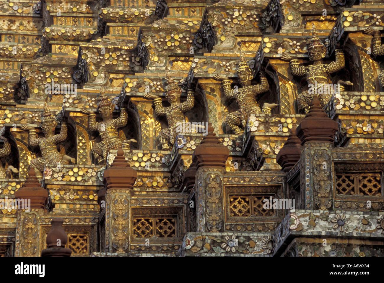 Asia, Thailand, Bangkok, Grand Palace. Statues of yaksa ...