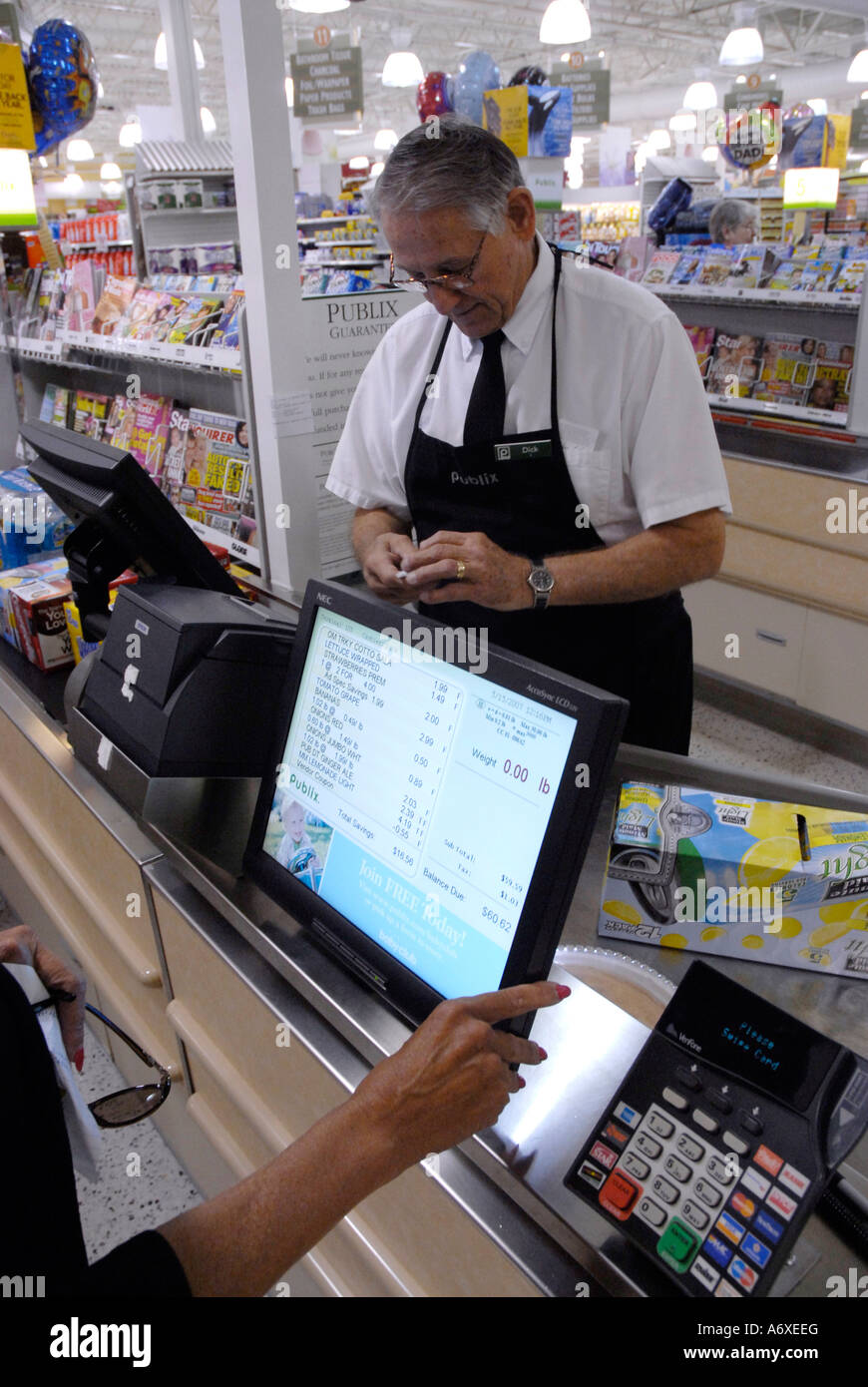 the use of a computer system in retail stores 2018-5-29 affordable, easy to use web based point-of-sale software manage inventory, take payments, run reports, and more all from your computer, iphone, or ipad.