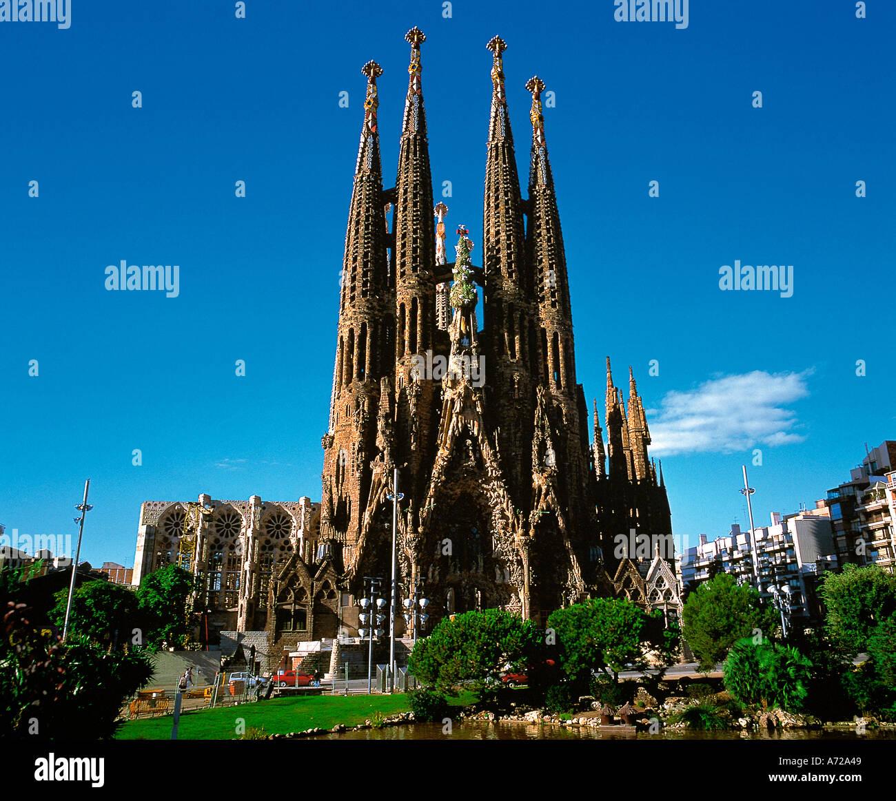 Sagrada familia cathedral at sunrise architecture by for Antoni gaudi sagrada familia architecture