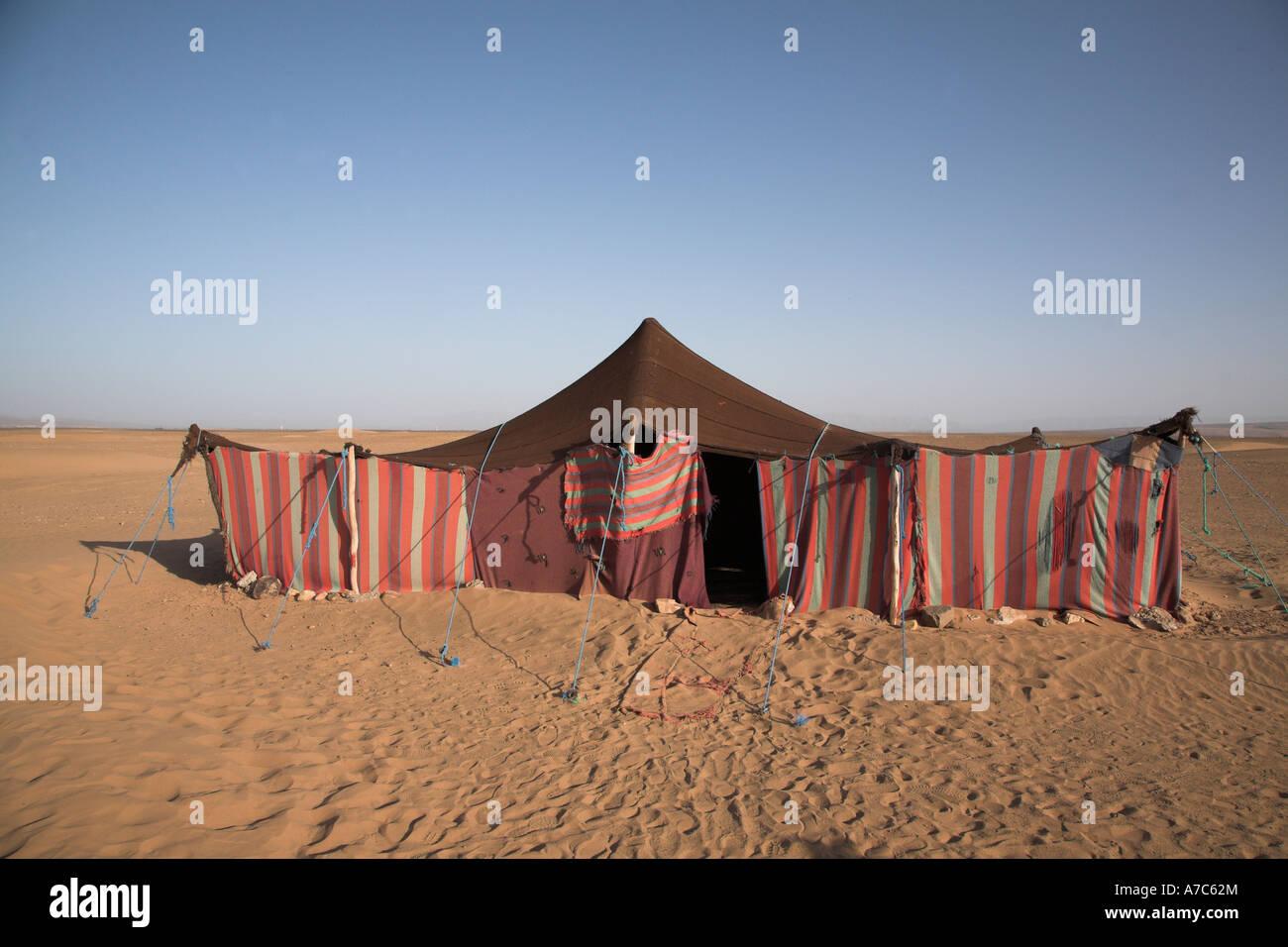 Desert nomad tent Sahara Zagora Morocco north Africa & Desert nomad tent Sahara Zagora Morocco north Africa Stock ...