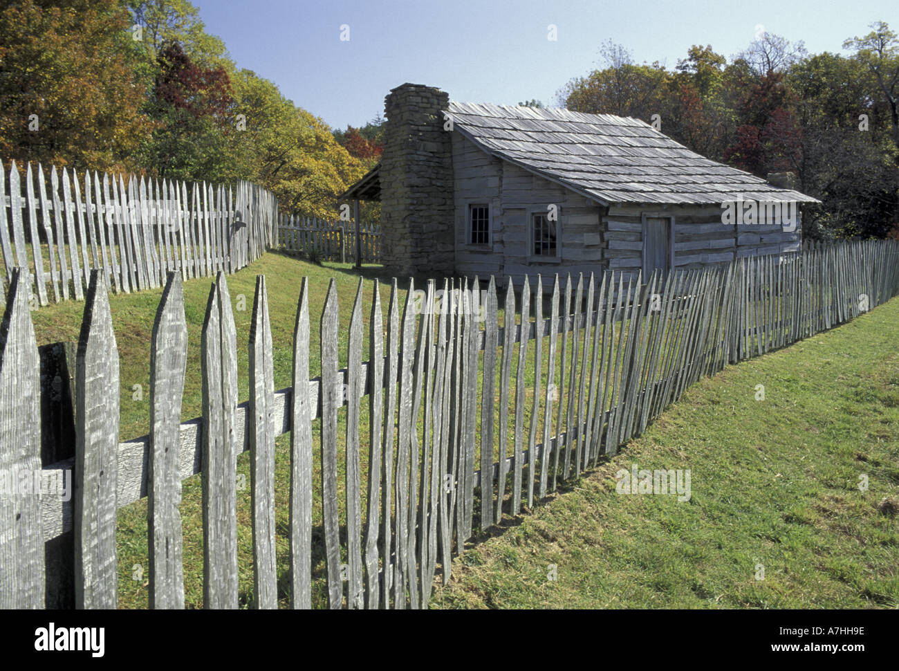 NA, USA, Kentucky, Cumberland Gap National Historical Park. Fence And Cabin,  Hensley Settlement
