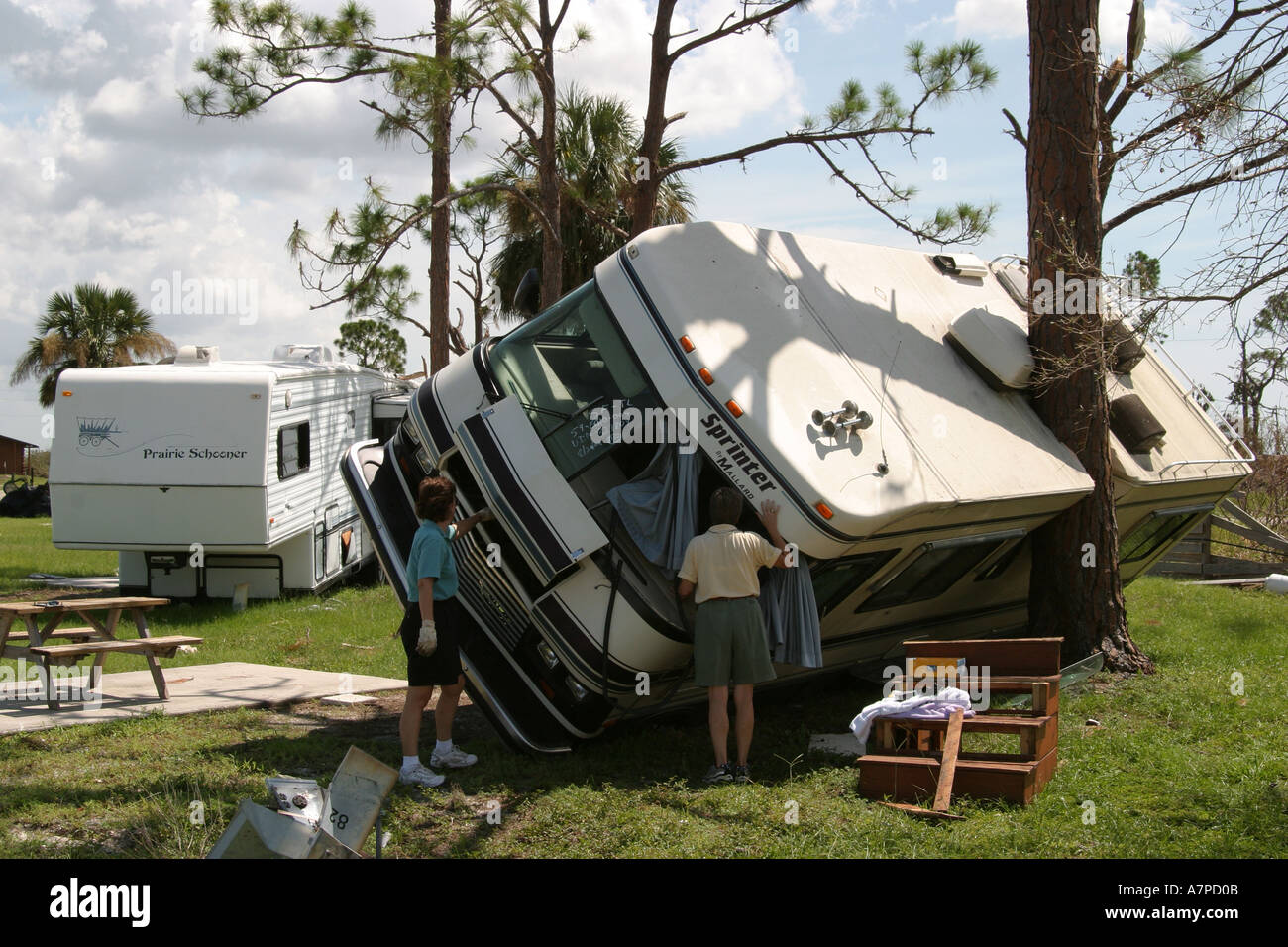Florida Punta Gorda Mobile Home Modular Trailer Park Hurricane Charley Damage Destruction Victims