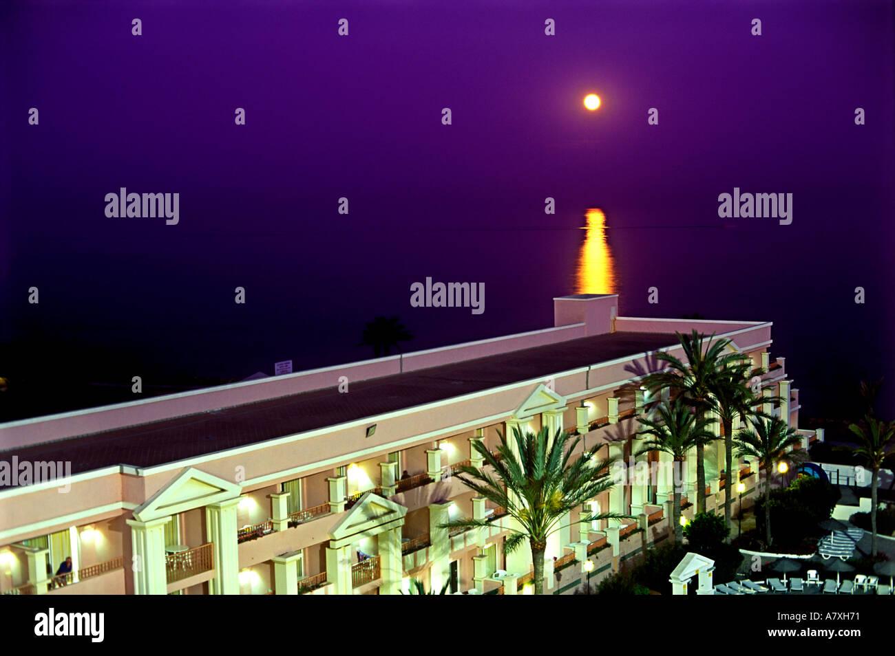 full moon purple sky night mediterranean sea spain hotel. Black Bedroom Furniture Sets. Home Design Ideas