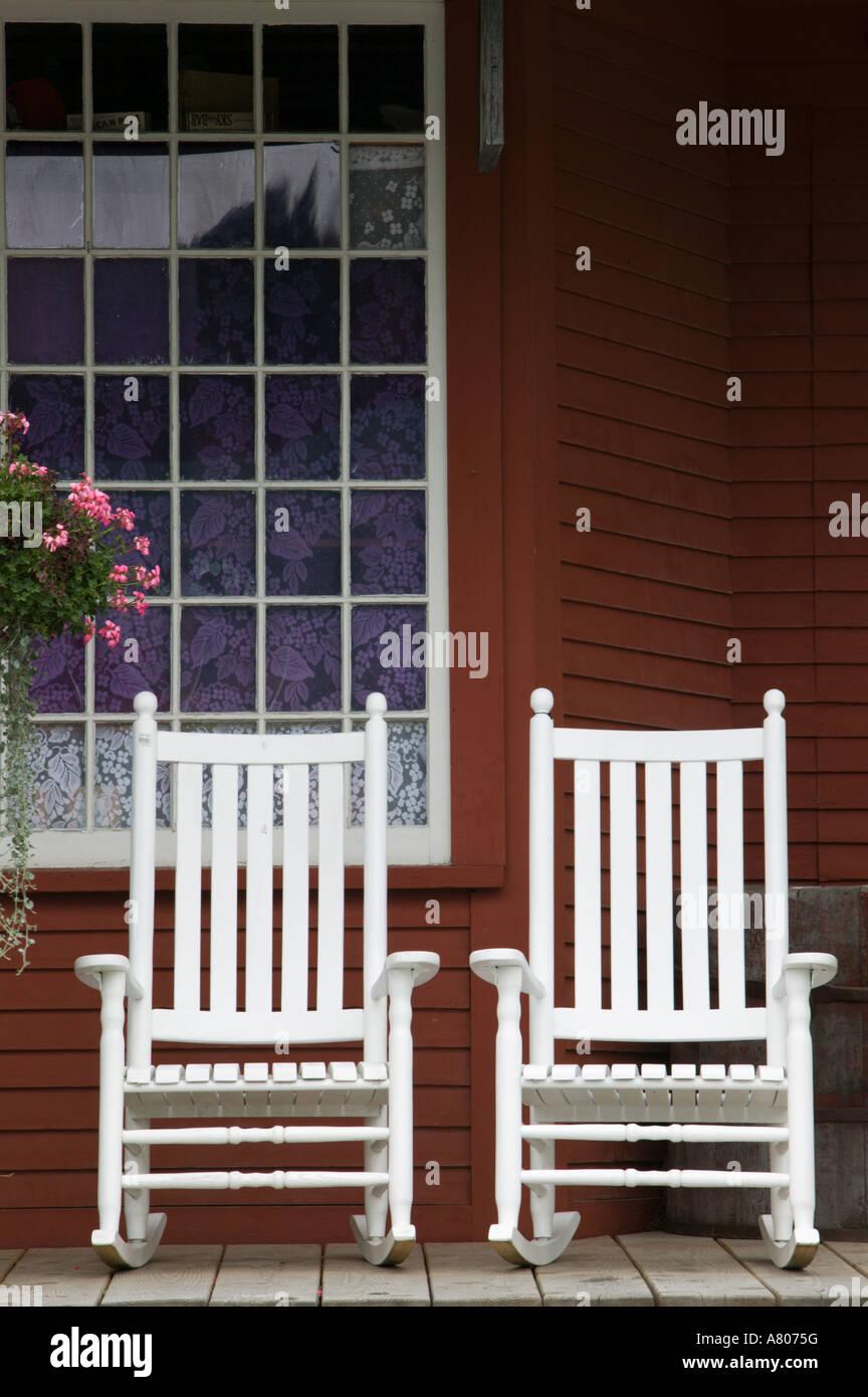 USA, Vermont, WESTON: Weston Country Store / Rocking Chairs