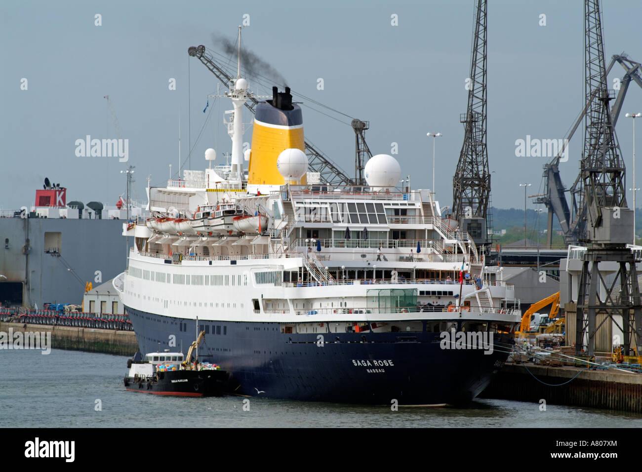 Image Gallery Southampton Docks