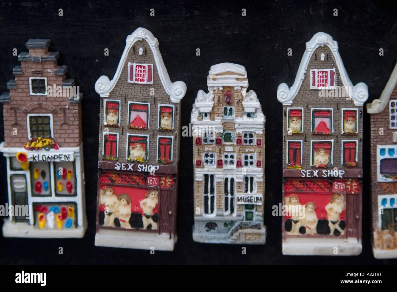 Amsterdam souvenirs online shopping