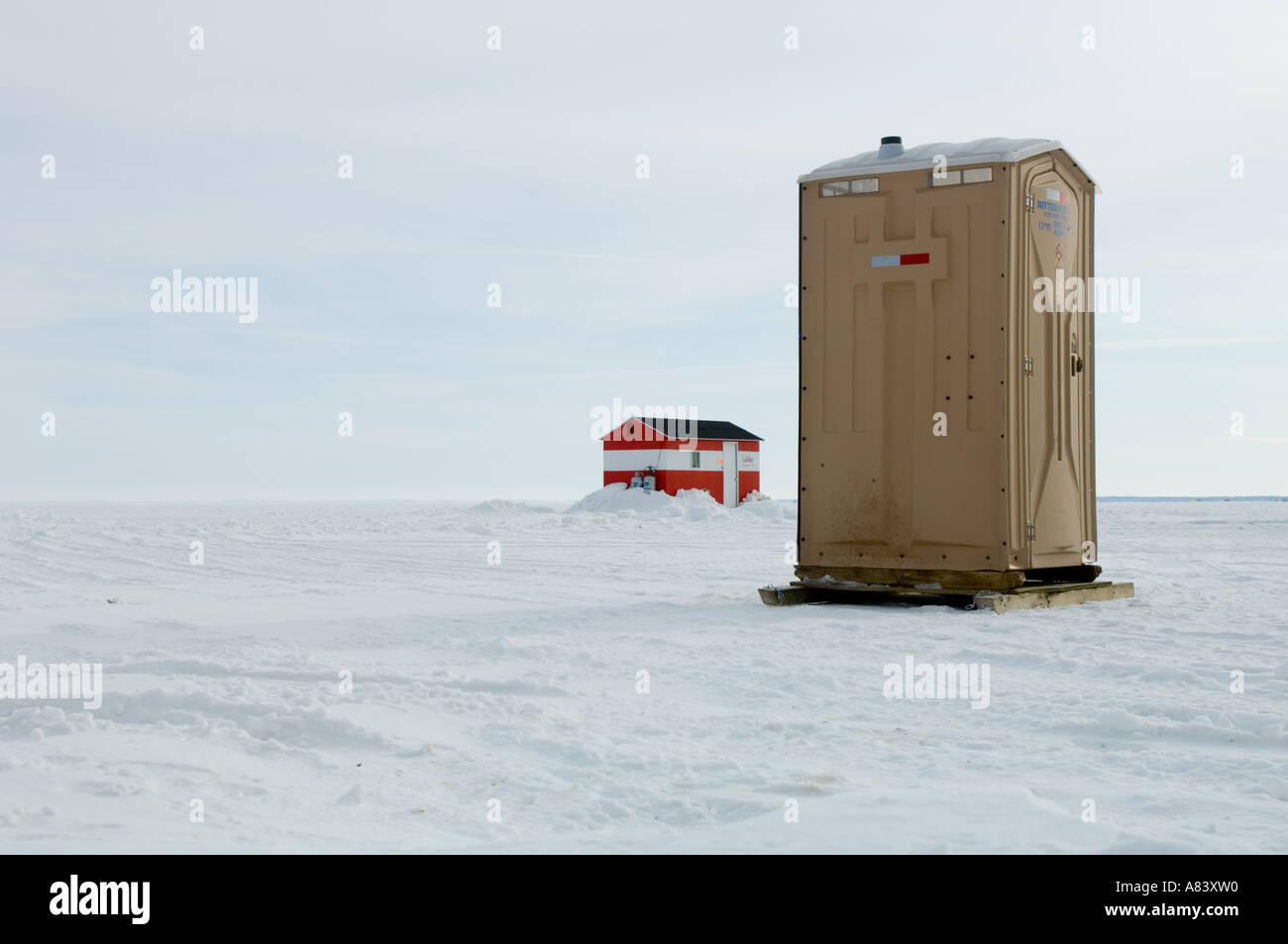 Porta potty and ice fishing house lake mille lacs for Lake mille lacs ice fishing