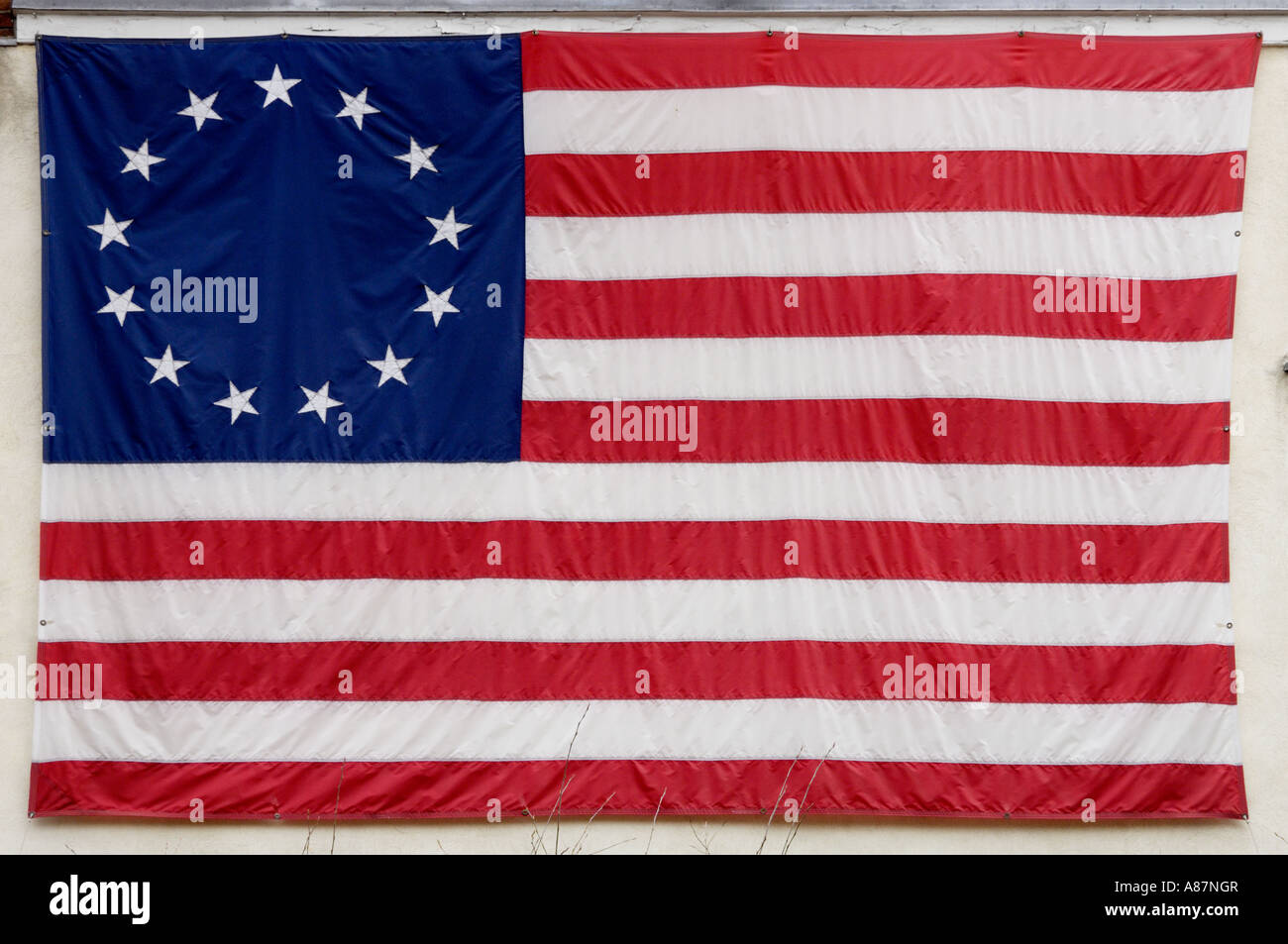 Betsy Ross American flag with 13 colonies represented Philadelphia ...
