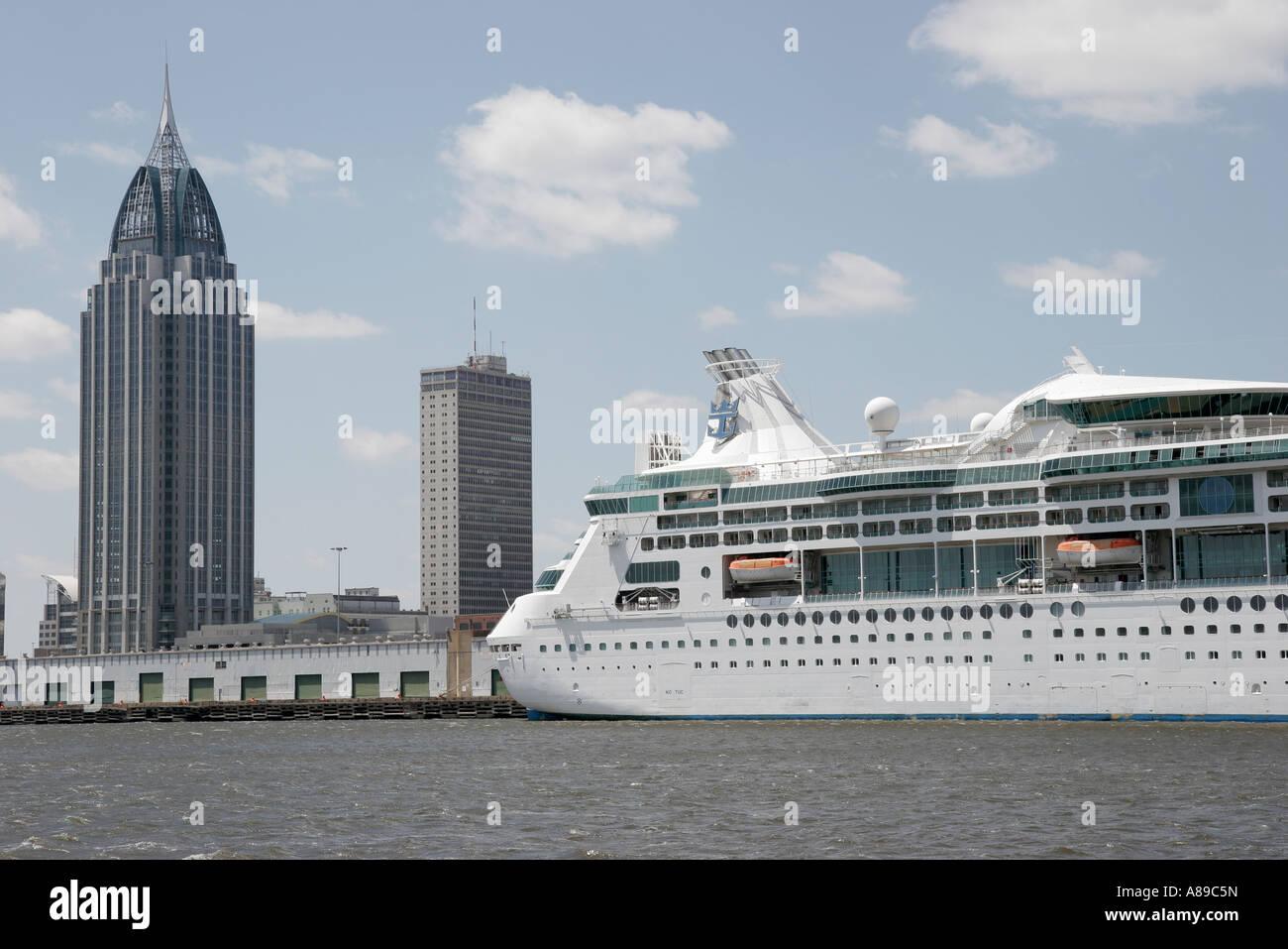 Mobile Alabama Mobile River Royal Caribbean Grandeur By The Seas - Cruise ship mobile alabama