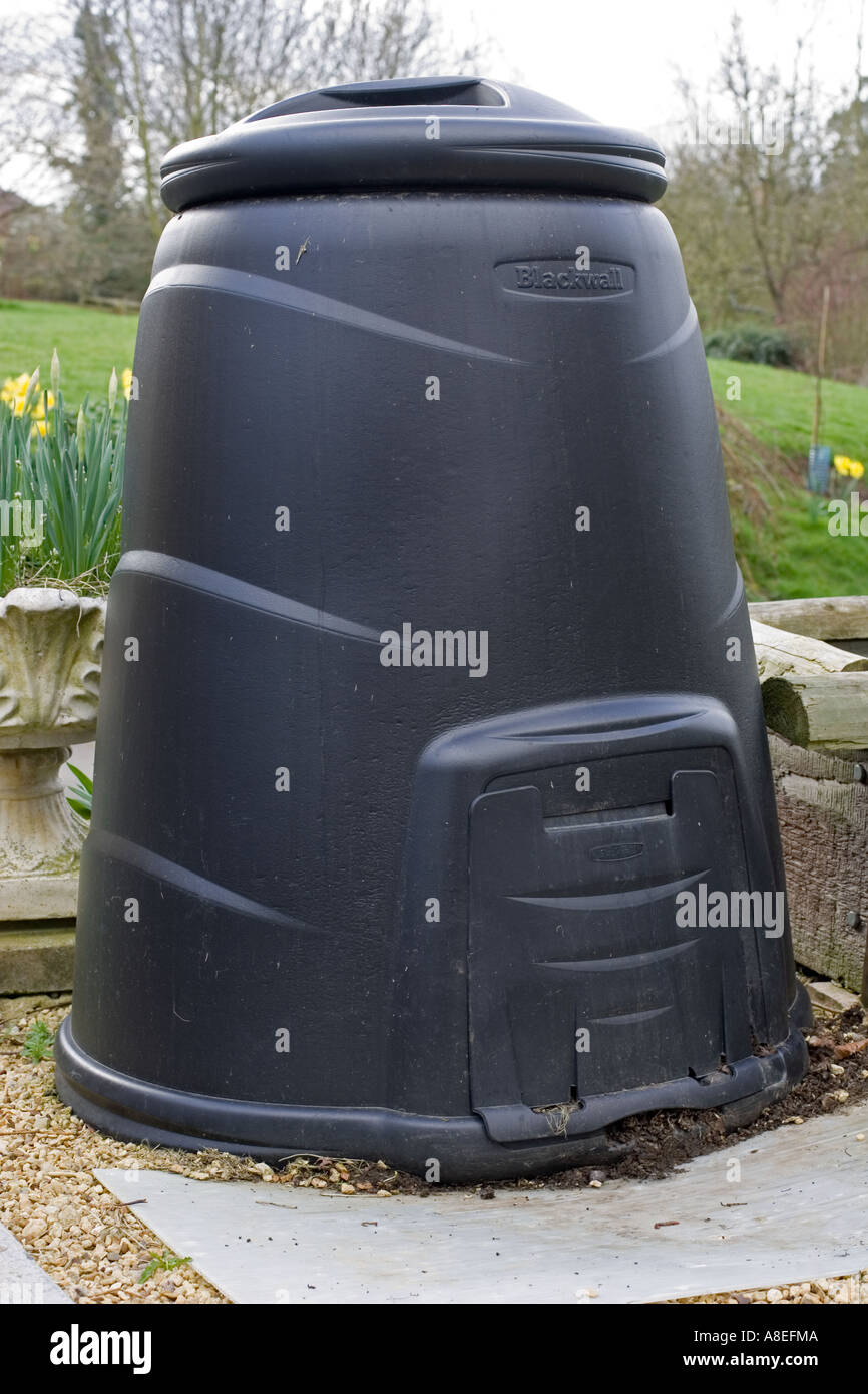 220 litres compost bin made by blackwall using 100 recycled plastic cotswolds uk stock