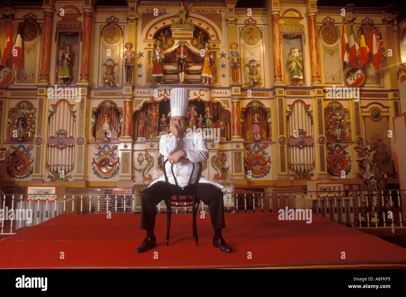 paul bocuse in his restaurant lyon france homer sykes stock photo royalty free image 3946488. Black Bedroom Furniture Sets. Home Design Ideas