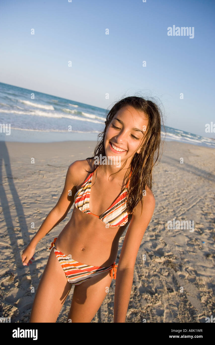 Bikini Teenage 118