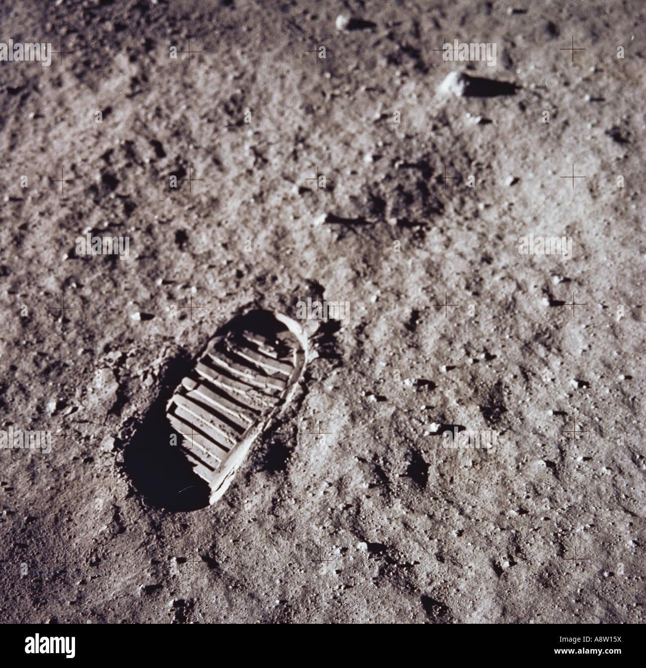 nasa moon footprint - photo #9