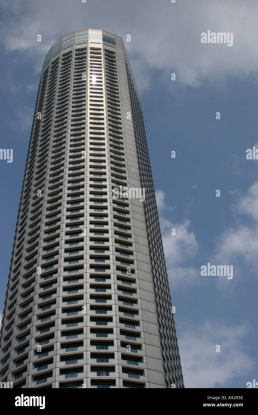 The singapore swiss tel with 70 floors it is the tallest for Tallest hotel in singapore