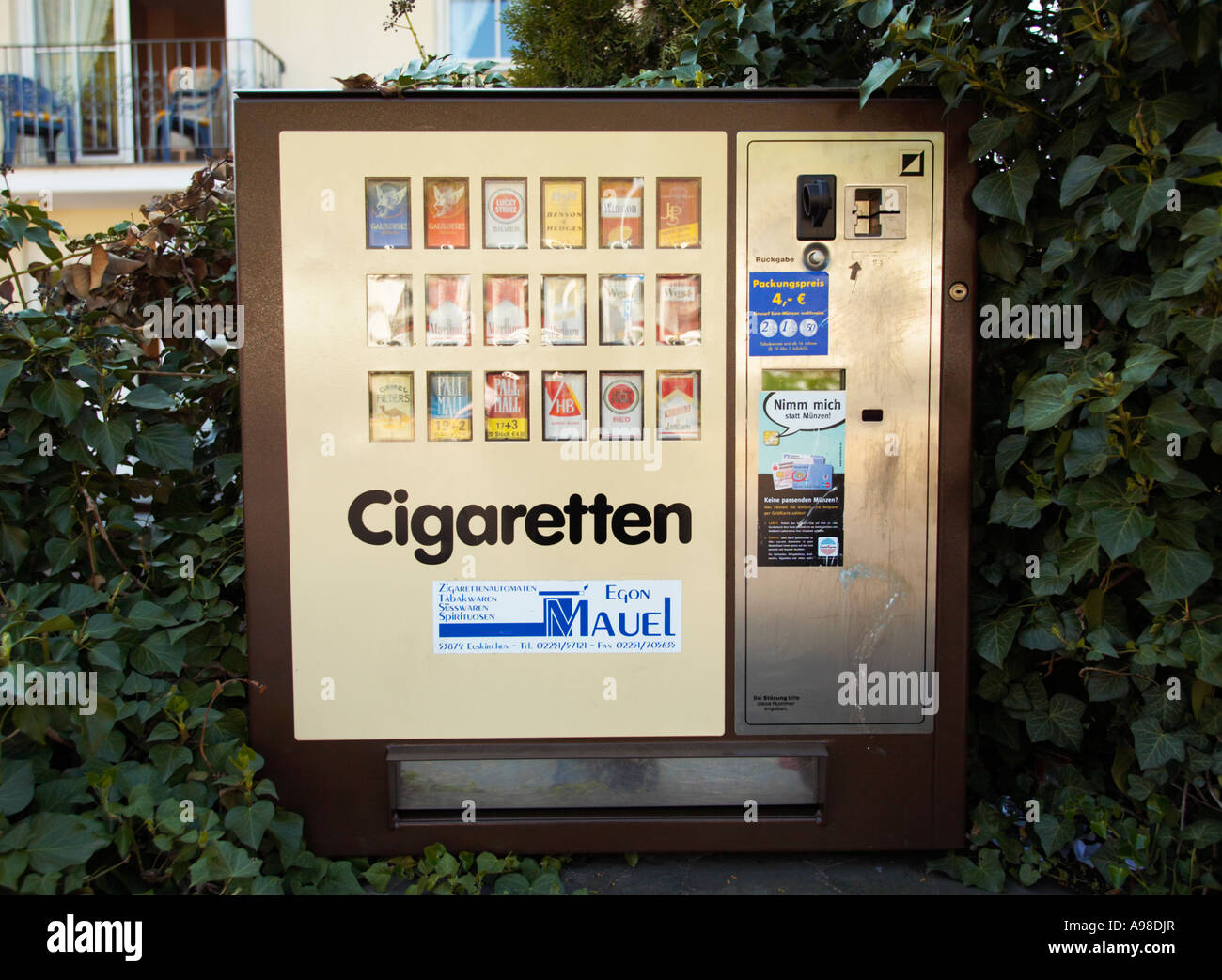 How much do Marlboro special blend cigarettes cost