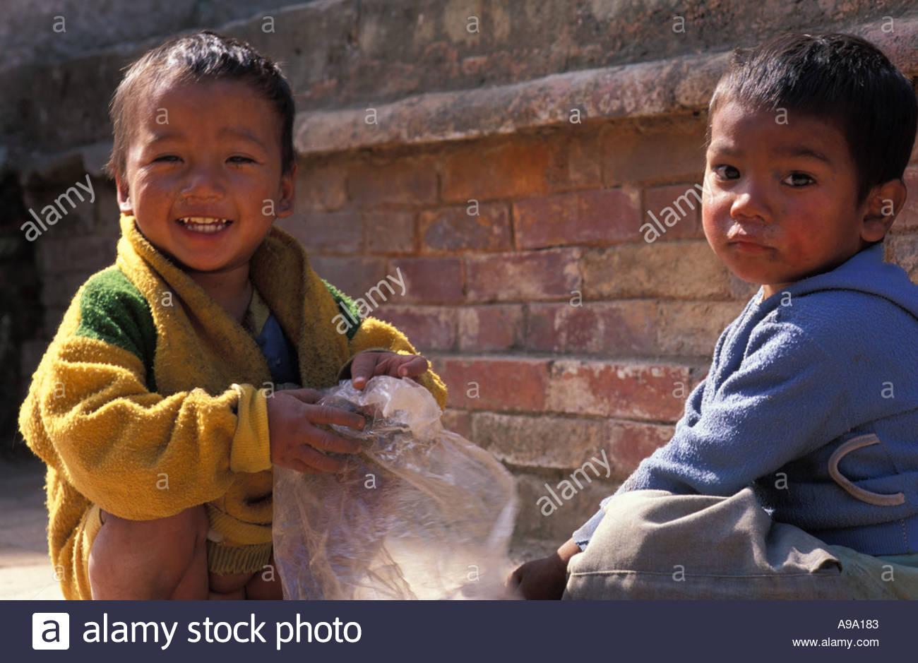 street children in kathmandu Drug use is problem in nepal to protect street children or youth of nepal volunteer can make contribution through nepal drug awareness volunteering program.