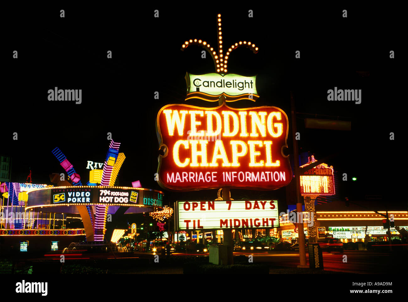 WEDDING CHAPEL THE STRIP LAS VEGAS NEVADA USA