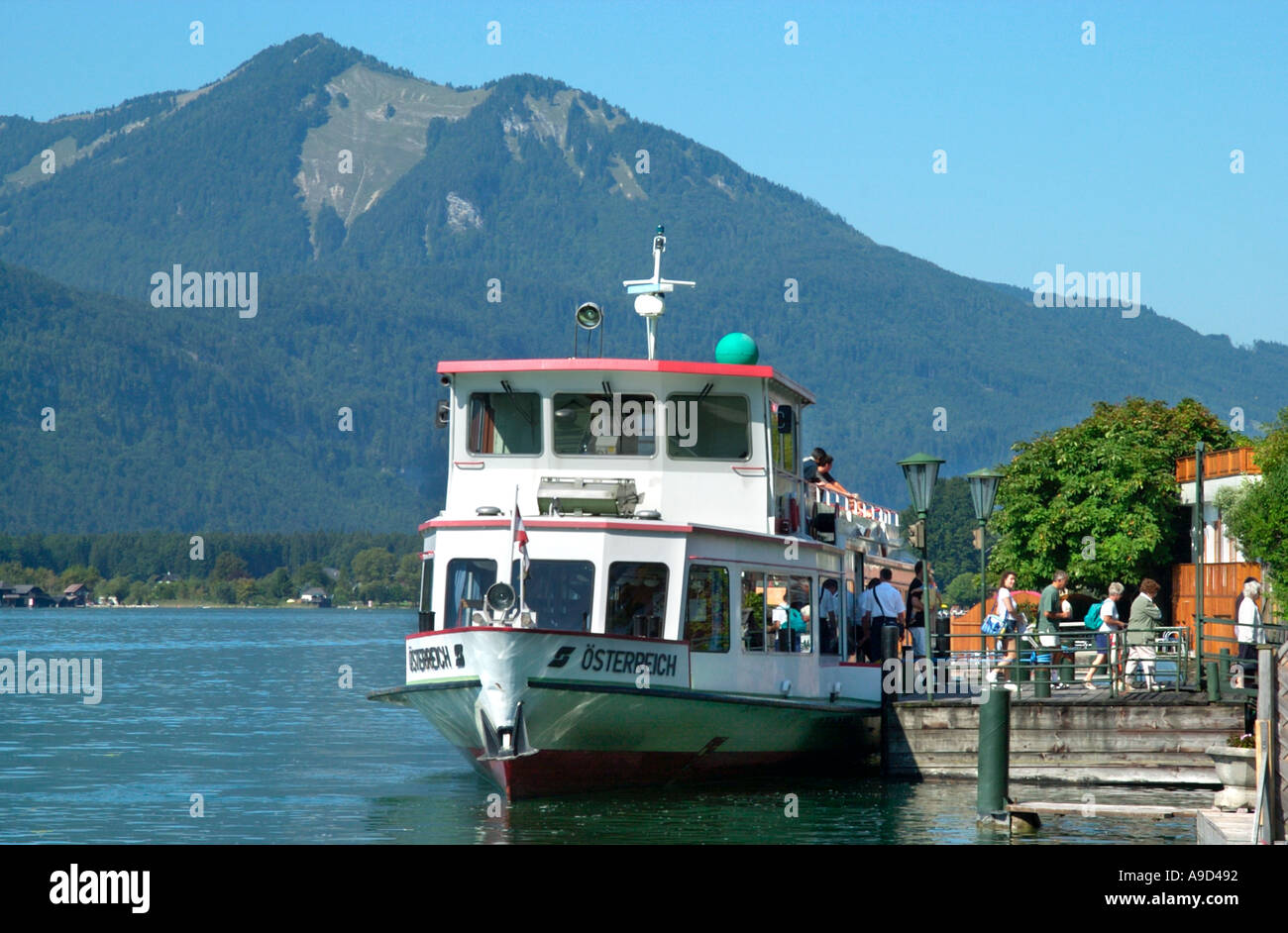 Ferry at the lakeside in st wolfgang lake wolfgang salzkammergut ferry at the lakeside in st wolfgang lake wolfgang salzkammergut austria sciox Images