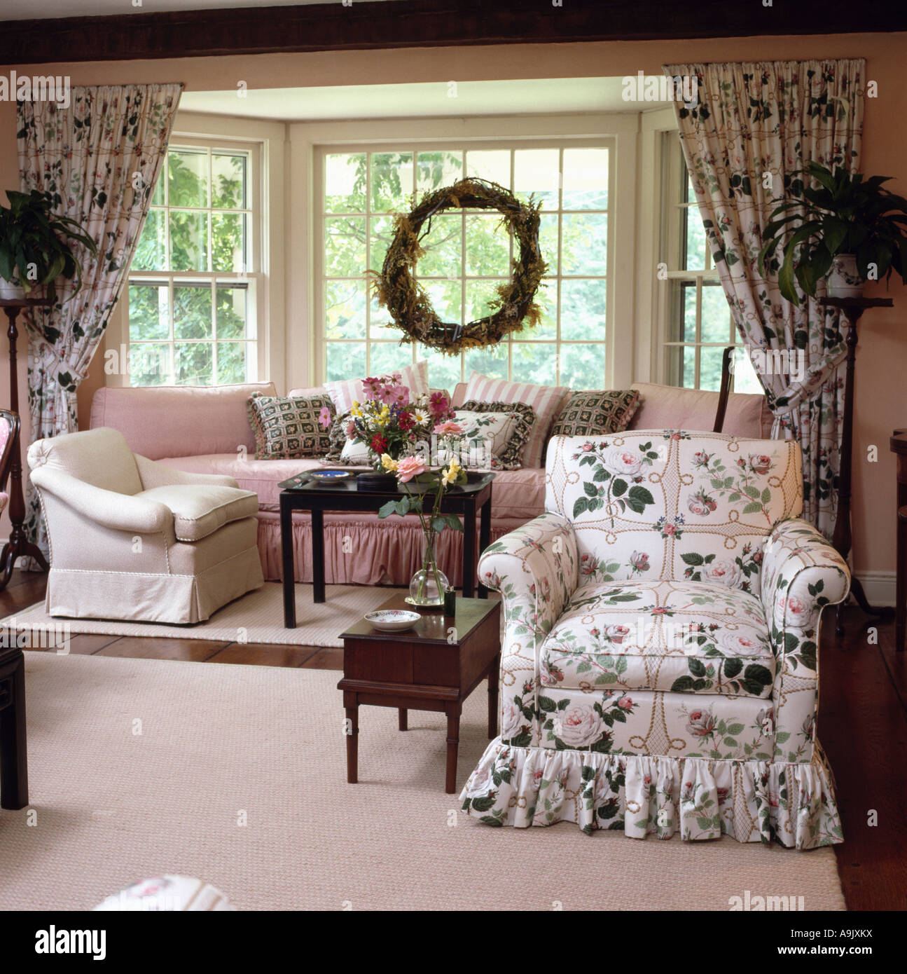 Patterned Curtains For Living Room Interiors Livingroom Drapes Chair Stock Photos Interiors
