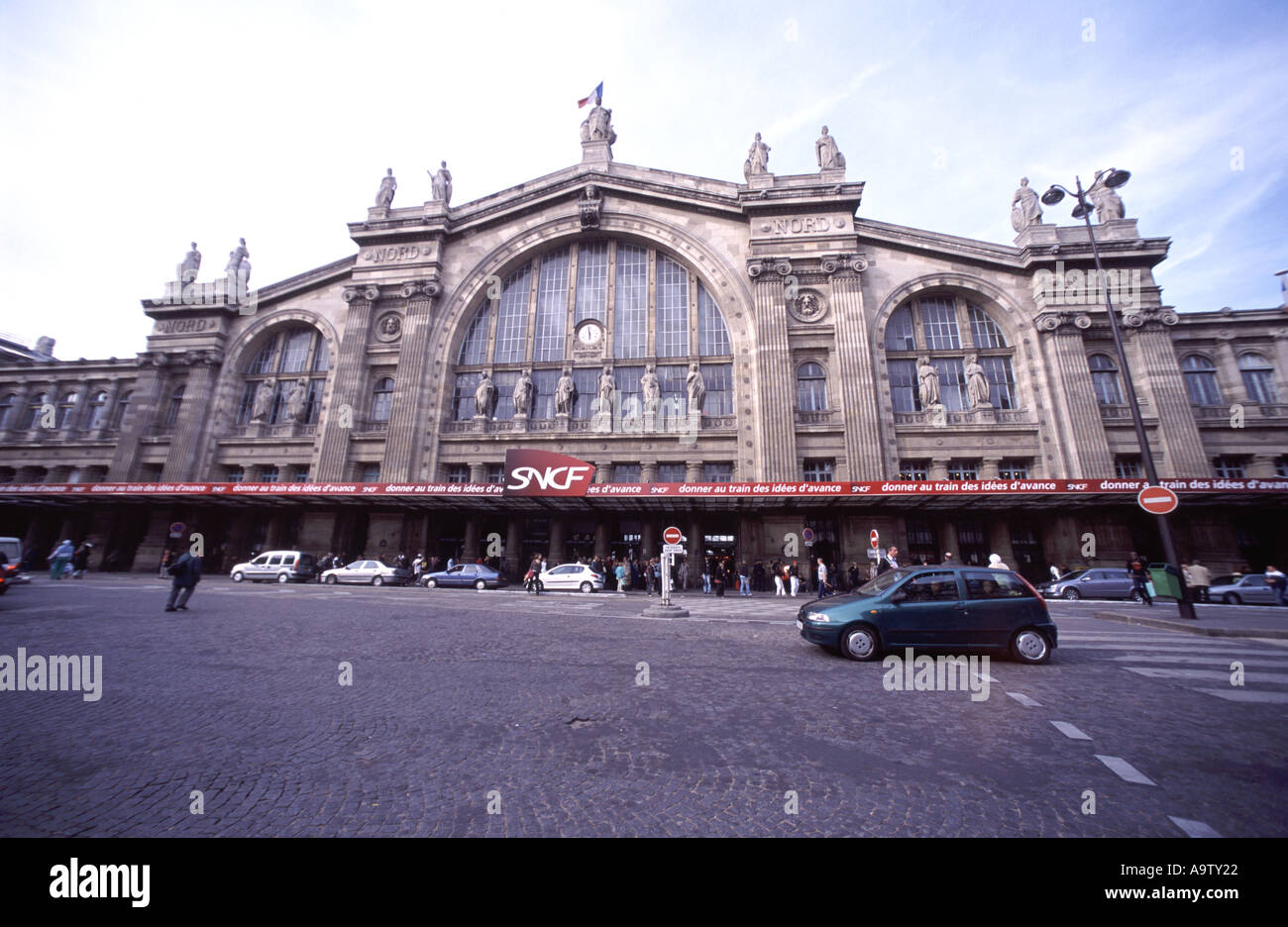 paris gare du nord station eurostar train terminal stock photo royalty free image 4061985 alamy. Black Bedroom Furniture Sets. Home Design Ideas