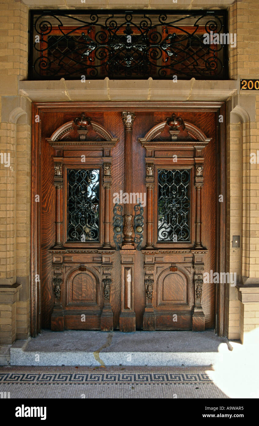 Free Tour At The Pabst Mansion In Milwaukee